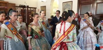 La Junta Local Fallera de Xátiva visita Valencia en la recepción fallera (43)