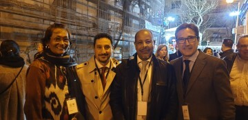 La falla Espartero G.V Ramón y Cajal recibe a la delegación deexpertos enindumentaria de Unesco (6)