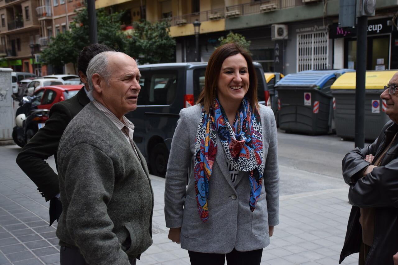 María José Catalá visita en barrio de Zaidía en Valencia (1)