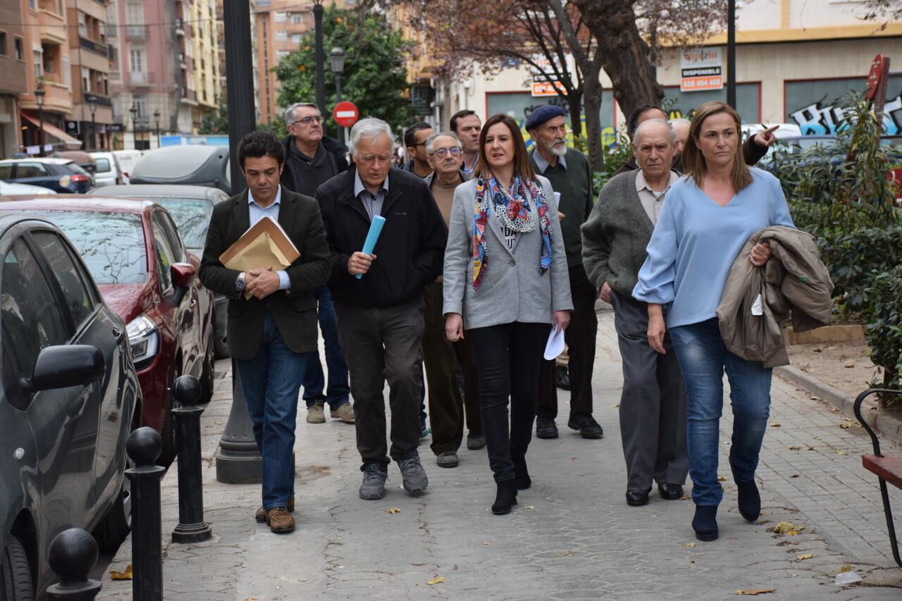 María José Catalá visita en barrio de Zaidía en Valencia (10)