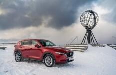 Mazda en Nordkapp 01
