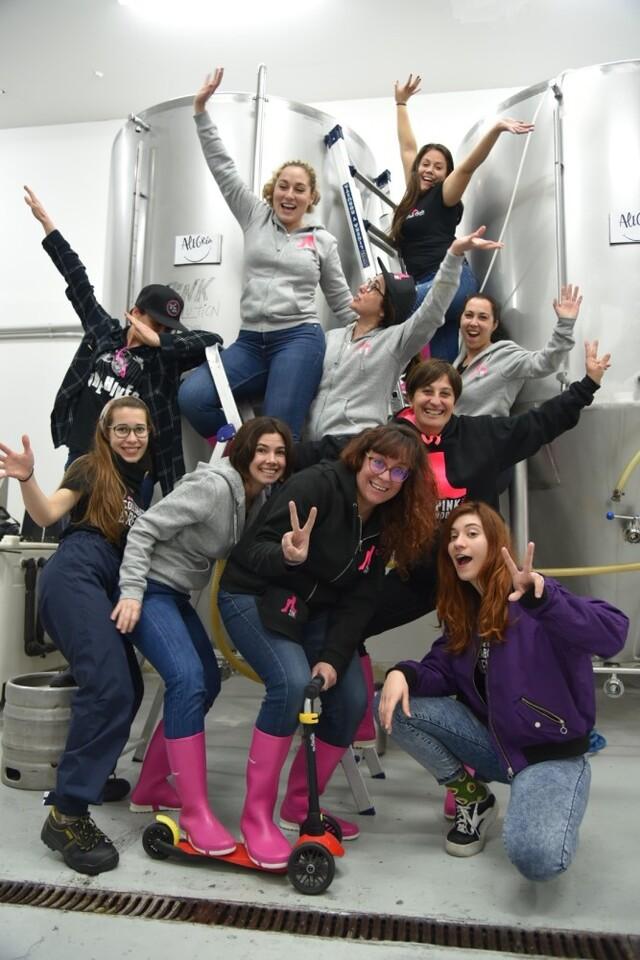 PINK BOOTS SOCIETY ESPAÑA reúnea sus socias para elaborar cervezas colaborativas en 6 ciudades en la Comunidad Valenciana y Murcia toca alegría (1)