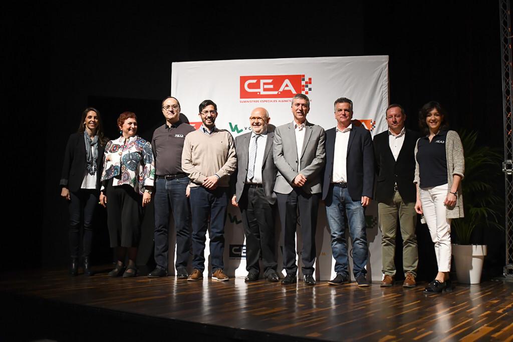 Pilar Baselga, Gloria Jové, Rafael Alemany, Christian Mecca, Enric Luján, Rafael Climent, Salvador Escutia, Joan Carles Cambrils y Alma Solar