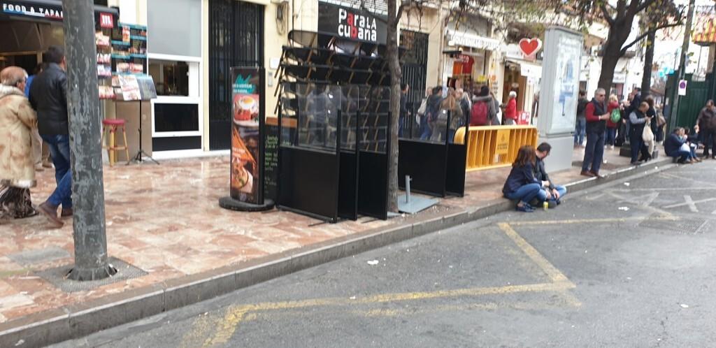 sillas plaza ayuntamiento mascleta (2)