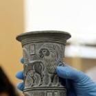 Los tesoros del Imperio Persa ya duermen en el Arqueológico de Alicante