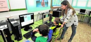 3/04/17. Visita consejera Sanchez-Mora al colegio vistabella