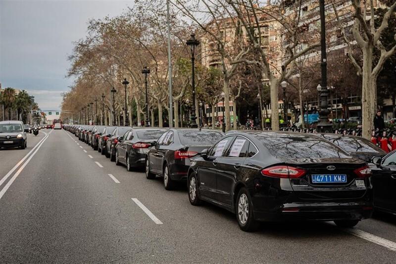 Cabify analiza el decreto valenciano que regula los VTC
