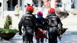 Incidentes-Vox-saldan-contusionados-detenidos_EDIIMA20190414_0037_4