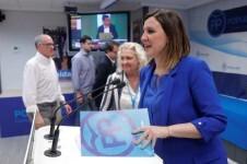 La candidata a la alcaldía de Valencia por el PPCV, María José Catalá, durante su comparecencia en la sede del partido para valorar el resultado electoral. EFE