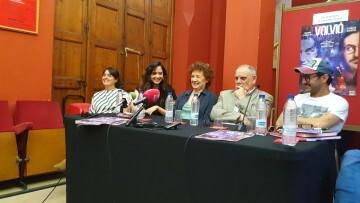 Beatriz Carvajal y Carlos Santos estrenan 'Volvió una noche' al Teatre Talia de Valencia (7)