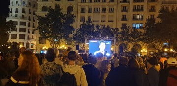 Final Copa del ReyEl Valencia gana la Copa; la 'traca final' le explota al Barça (2)