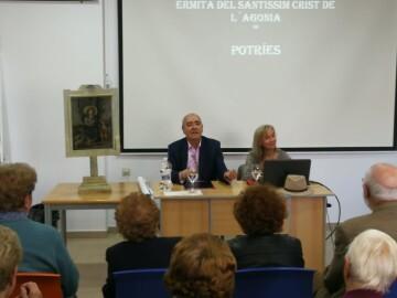 La Universitat de Valencia entrega a Potries la obra restaurada de la Divina Pastora (2)