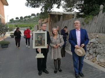 La Universitat de Valencia entrega a Potries la obra restaurada de la Divina Pastora (3)