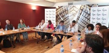 Tertulia-café sobre el Mercado Central de los candidatos a la Alcaldía y la Junta Directiva 20190520_155951 (1)