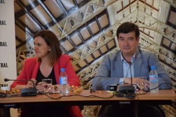 Tertulia-café sobre el Mercado Central de los candidatos a la Alcaldía y la Junta Directiva 20190520_155951 (11)