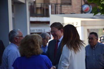 Visita al Centro municipal de actividades de personas mayores De NOU-MOLES de Sandra Gómez acompañada de Ximo Puig, President de la Generalitat 20190522_115302 (15)