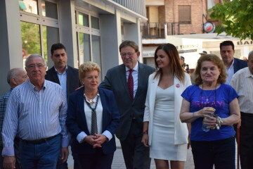 Visita al Centro municipal de actividades de personas mayores De NOU-MOLES de Sandra Gómez acompañada de Ximo Puig, President de la Generalitat 20190522_115302 (18)