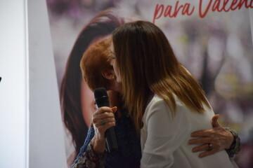 Visita al Centro municipal de actividades de personas mayores De NOU-MOLES de Sandra Gómez acompañada de Ximo Puig, President de la Generalitat 20190522_115302 (40)