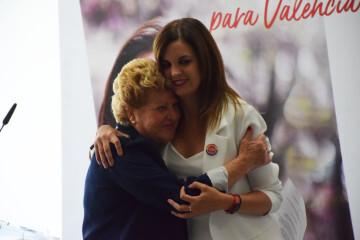 Visita al Centro municipal de actividades de personas mayores De NOU-MOLES de Sandra Gómez acompañada de Ximo Puig, President de la Generalitat 20190522_115302 (44)