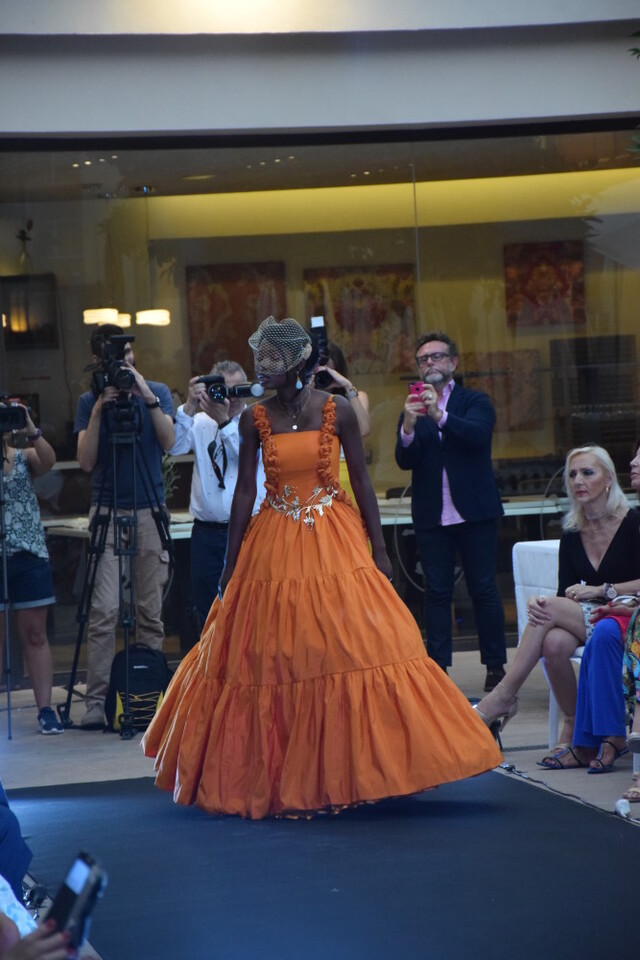 Éxito de la diseñadora valenciana Amparo Chordá en el desfile auspiciado por el programa UNESCO Ruta de la Seda (32)
