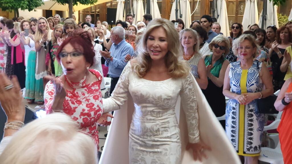 Éxito de la diseñadora valenciana Amparo Chordá en el desfile auspiciado por el programa UNESCO Ruta de la Seda (42)