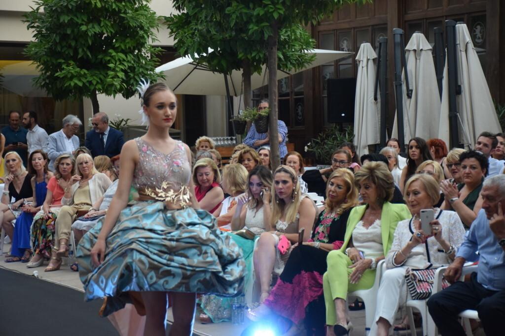 Éxito de la diseñadora valenciana Amparo Chordá en el desfile auspiciado por el programa UNESCO Ruta de la Seda (6)
