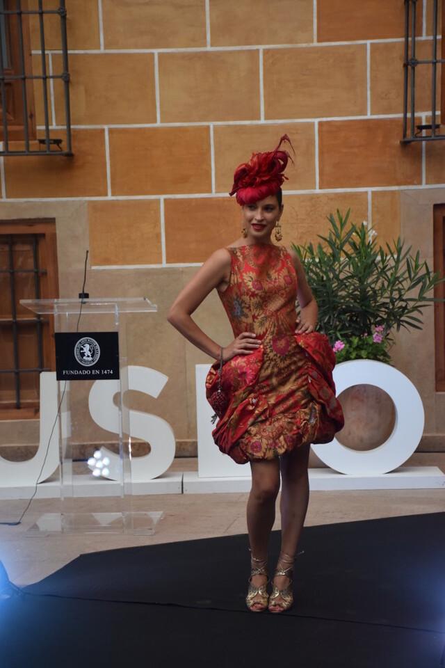 Éxito de la diseñadora valenciana Amparo Chordá en el desfile auspiciado por el programa UNESCO Ruta de la Seda (9)