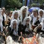 Reyes Martí, la primera mujer que dispara la Palmera de las Hogueras de San Juan