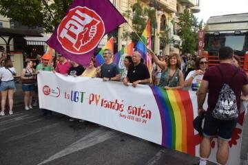 Marcha en València del Orgullo LGTBI+ para celebrar los avances y no dar ni un paso atrás en derechos (112)