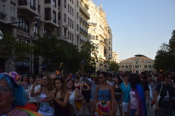 Marcha en València del Orgullo LGTBI+ para celebrar los avances y no dar ni un paso atrás en derechos (12)