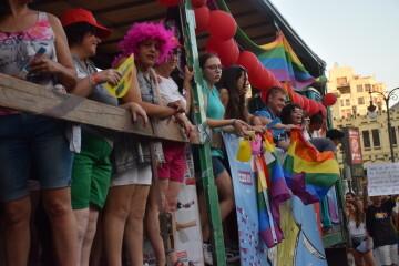 Marcha en València del Orgullo LGTBI+ para celebrar los avances y no dar ni un paso atrás en derechos (120)