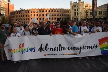 Marcha en València del Orgullo LGTBI+ para celebrar los avances y no dar ni un paso atrás en derechos (122)