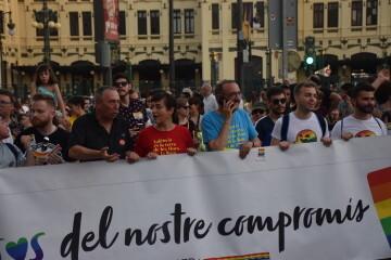 Marcha en València del Orgullo LGTBI+ para celebrar los avances y no dar ni un paso atrás en derechos (126)