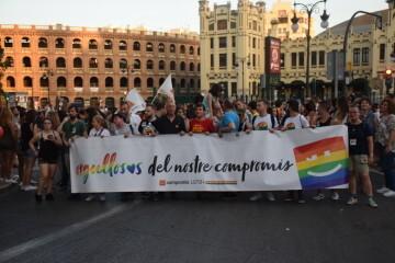 Marcha en València del Orgullo LGTBI+ para celebrar los avances y no dar ni un paso atrás en derechos (127)