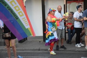 Marcha en València del Orgullo LGTBI+ para celebrar los avances y no dar ni un paso atrás en derechos (132)