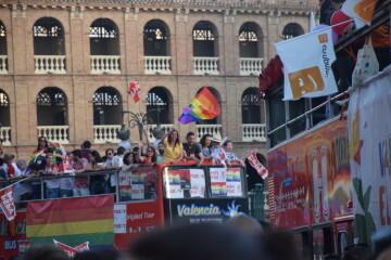 Marcha en València del Orgullo LGTBI+ para celebrar los avances y no dar ni un paso atrás en derechos (143)