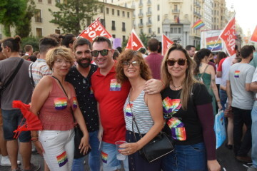 Marcha en València del Orgullo LGTBI+ para celebrar los avances y no dar ni un paso atrás en derechos (154)