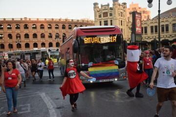 Marcha en València del Orgullo LGTBI+ para celebrar los avances y no dar ni un paso atrás en derechos (165)
