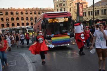 Marcha en València del Orgullo LGTBI+ para celebrar los avances y no dar ni un paso atrás en derechos (166)