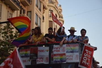 Marcha en València del Orgullo LGTBI+ para celebrar los avances y no dar ni un paso atrás en derechos (167)