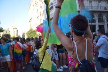 Marcha en València del Orgullo LGTBI+ para celebrar los avances y no dar ni un paso atrás en derechos (17)
