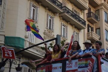 Marcha en València del Orgullo LGTBI+ para celebrar los avances y no dar ni un paso atrás en derechos (172)