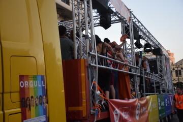 Marcha en València del Orgullo LGTBI+ para celebrar los avances y no dar ni un paso atrás en derechos (200)