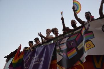 Marcha en València del Orgullo LGTBI+ para celebrar los avances y no dar ni un paso atrás en derechos (209)