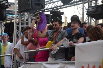 Marcha en València del Orgullo LGTBI+ para celebrar los avances y no dar ni un paso atrás en derechos (210)