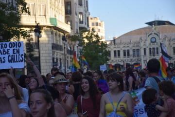 Marcha en València del Orgullo LGTBI+ para celebrar los avances y no dar ni un paso atrás en derechos (23)