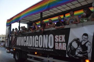 Marcha en València del Orgullo LGTBI+ para celebrar los avances y no dar ni un paso atrás en derechos (243)