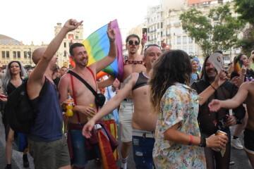 Marcha en València del Orgullo LGTBI+ para celebrar los avances y no dar ni un paso atrás en derechos (250)