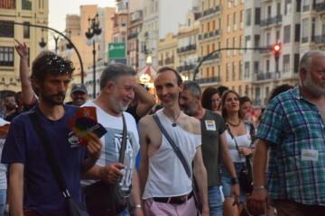 Marcha en València del Orgullo LGTBI+ para celebrar los avances y no dar ni un paso atrás en derechos (251)