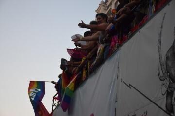 Marcha en València del Orgullo LGTBI+ para celebrar los avances y no dar ni un paso atrás en derechos (258)